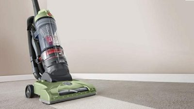 Hoover T-Series WindTunnel Rewind Plus Upright Vacuum UH70120 Review