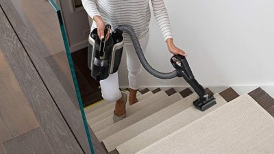 Review of the Shark ION P50 Lightweight Cordless Upright Vacuum