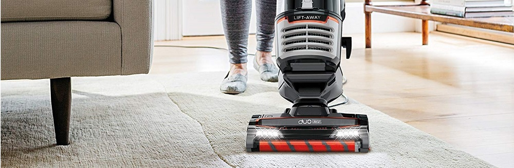 Shark Lift Away Speed Upright Vacuum w/ DuoClean NV771 Review